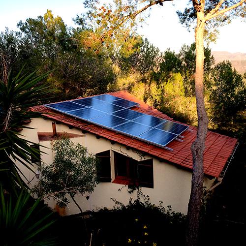 Placas solares en casas cool instalar placas solares en el hogar with placas solares en casas - Instalar placas solares en casa ...